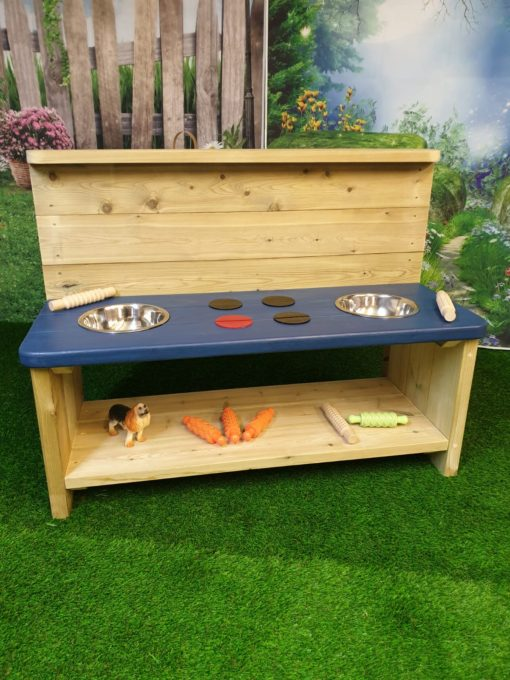 Balmoral large mud kitchen