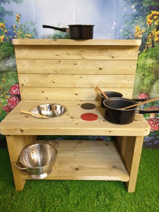 Caernarvon Basic Mud Kitchen for schools and nurserys