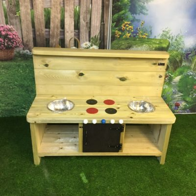 Windsor Large Mud Kitchen from Discovering Days