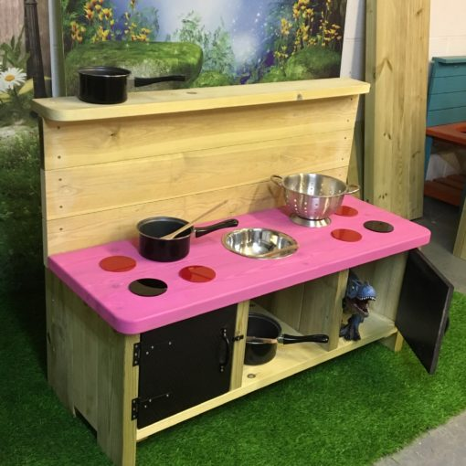 side viw of the pink Buckingham Deluxe Mud Kitchen